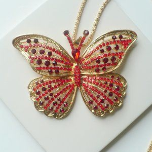 ❤️ Rhinestone Butterfly Golden Pendant Necklace